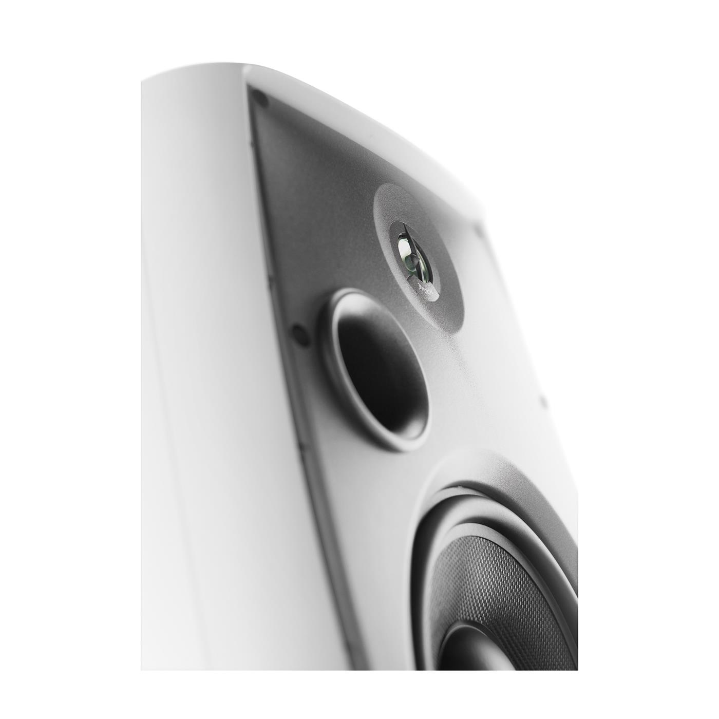 5017058   Focal Custom OD 108 White stk